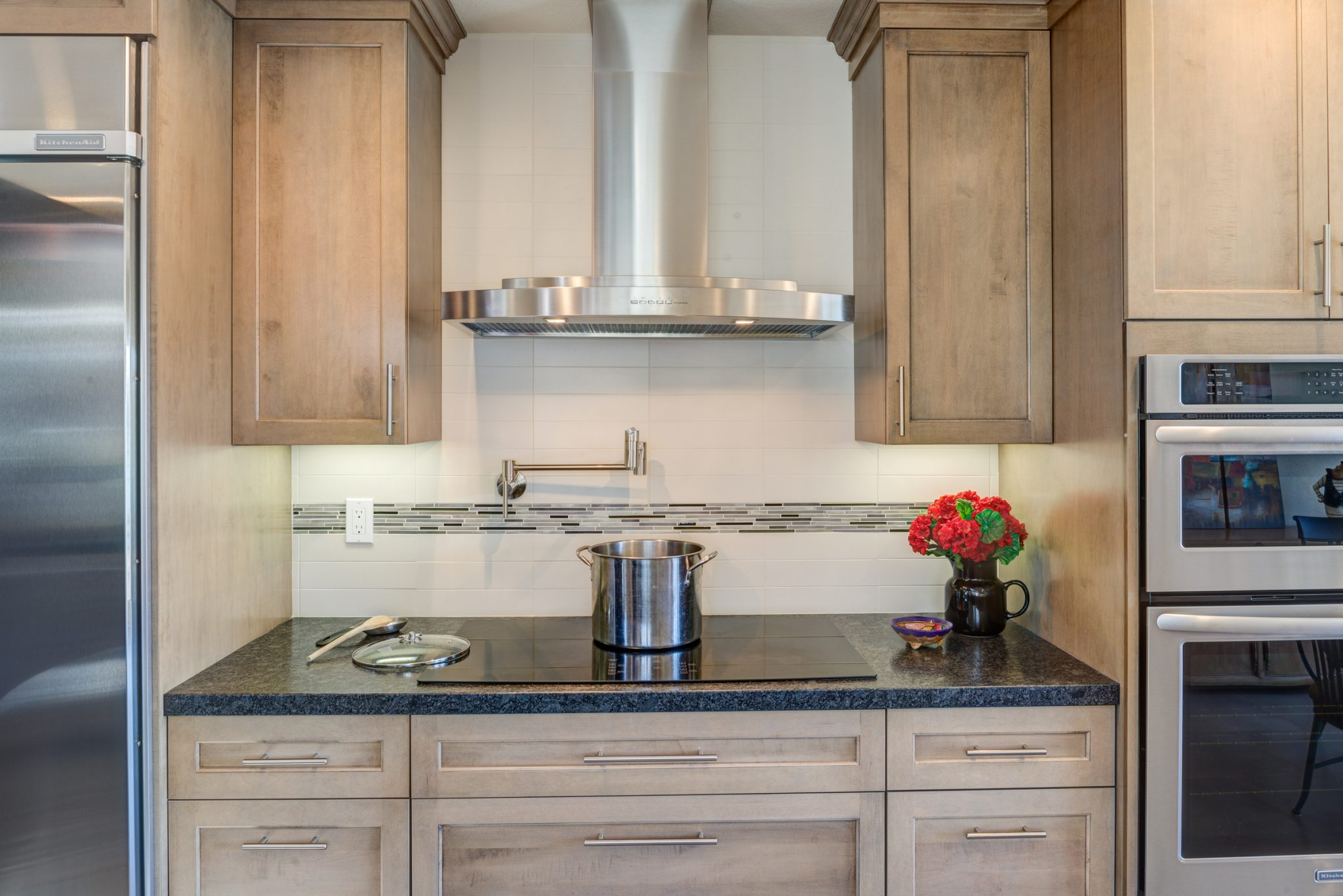 <strong>Living-in-Place Kitchen</strong> / Finish: Cashew Stain on Maple / Door: Cashew Stain on Maple