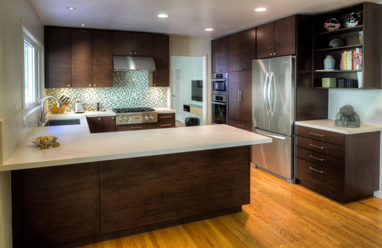 <strong></noscript>Rift Oak Kitchen</strong> / Finish: TBD / Door: TBD